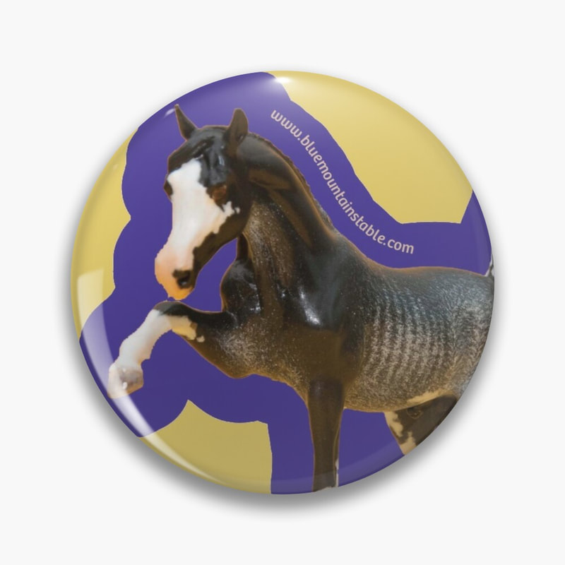 Model horse custom on a button